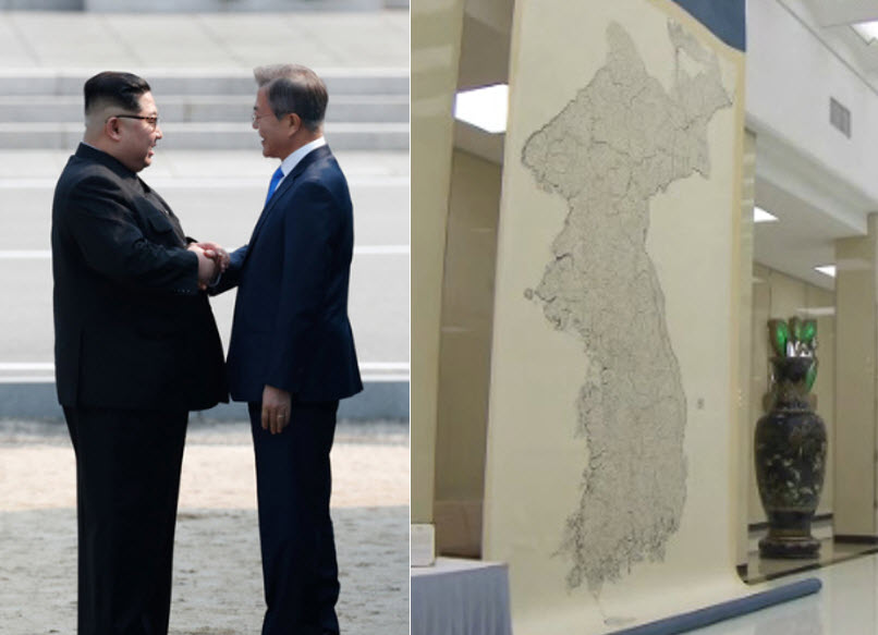 Left: South Korean President Moon Jae-in (right) and North Korean Leader Kim Jong-un, Right: The <i>Daedongyeojido</i> newly installed at Mokran House in Pyongyang